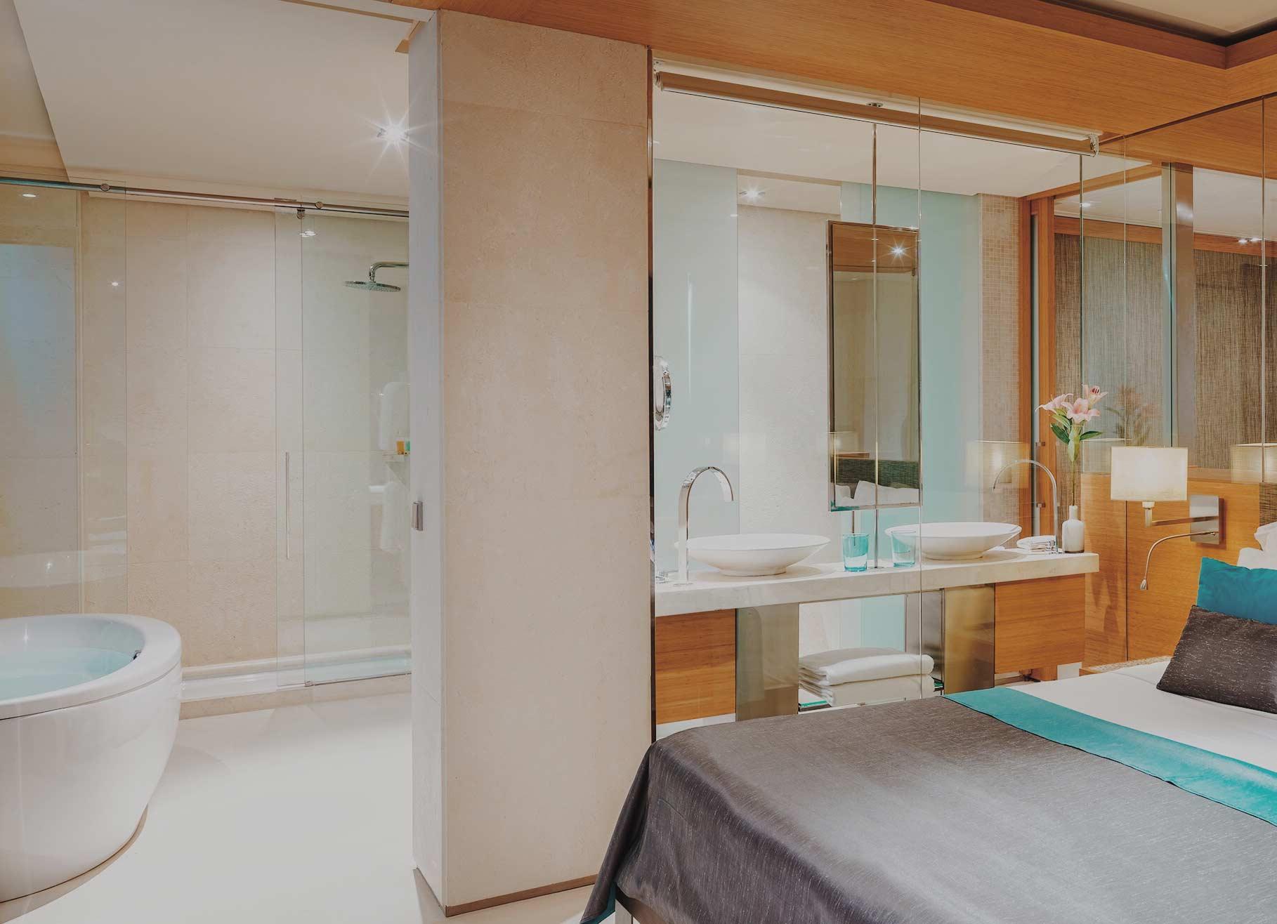 aguasdeibiza-habitacion-grand-corner-suite-001-w4