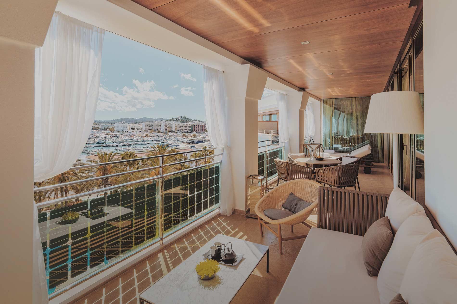 aguasdeibiza-habitacion-presidencial-suite-001-w2